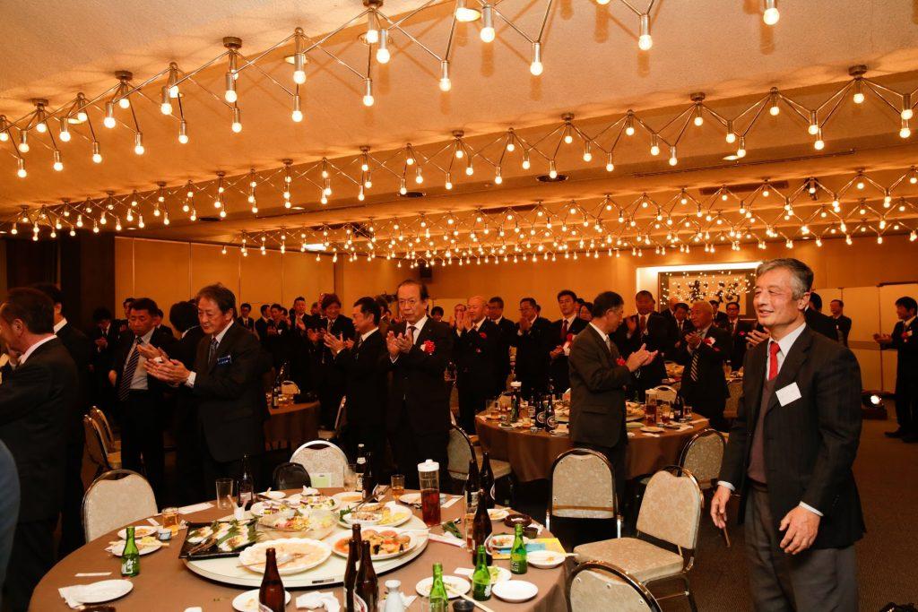 12月例会卒業式・年忘れの宴 事業報告